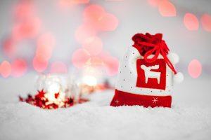 Гадание на бумажках на Рождество
